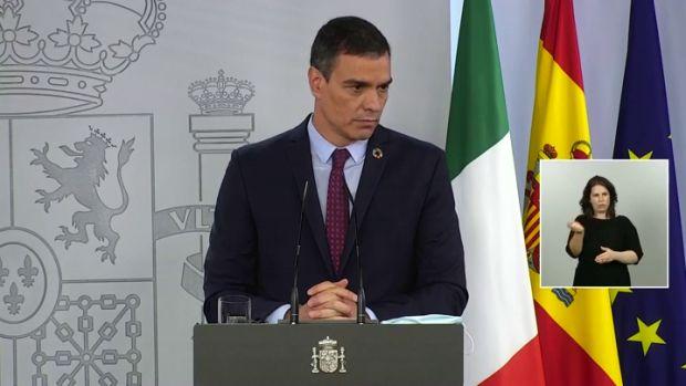 """Pedro Sánchez ve """"inquietantes"""" las informaciones sobre los negocios del rey emérito y valora que Zarzuela marque distancias"""