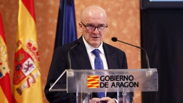 El catedrático de Economía, Eduardo Bandrés, cree que Aragón debe centrar sus esfuerzos en reactivar los grandes proyectos que ya estaban en marcha