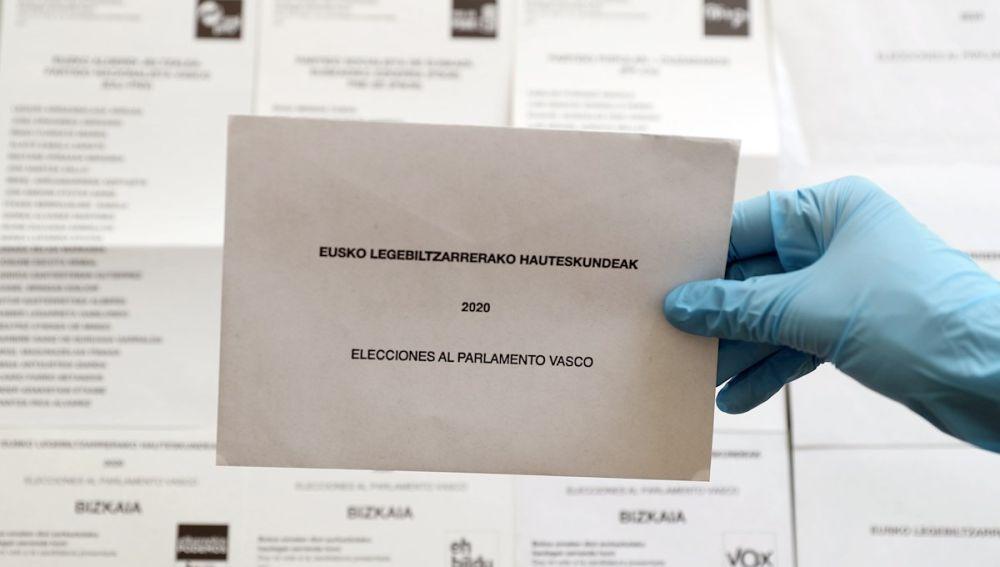 Elecciones Galicia y País Vasco: ¿Qué documentación necesito para votar en las elecciones y cómo sé cuál es mi mesa electoral?