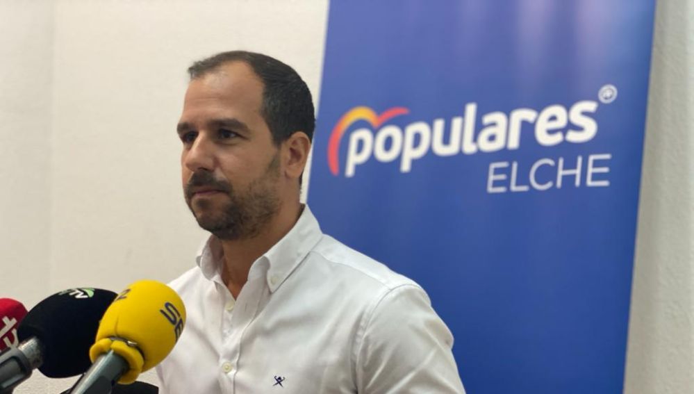 José Navarro, portavoz adjunto del Partido Popular.