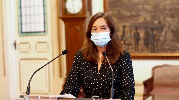 """Inés Rey: """"Le he pedido a la Xunta que costee la desinfección de los centros educativos, pero no nos han contestado"""""""