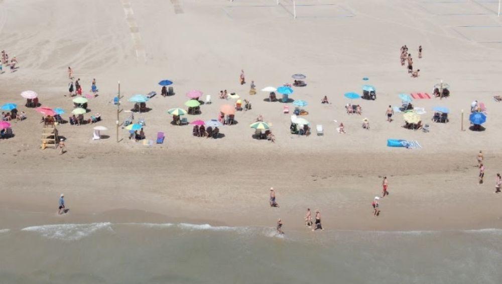 Una playa alicantina el pasado mes de agosto
