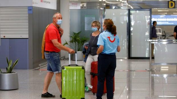 El Govern balear no descarta hacer PCR-s a los turistas llegados en corredores seguros