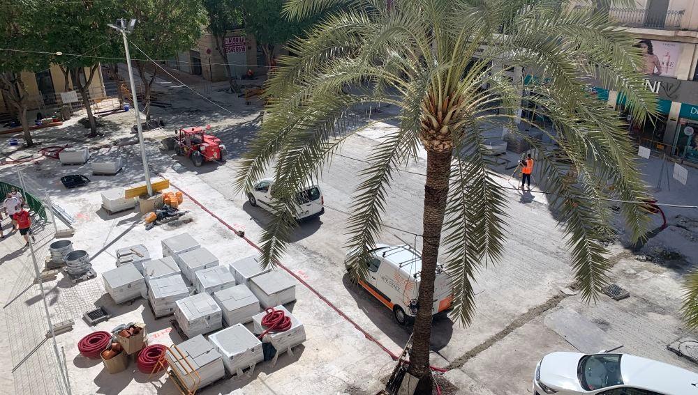 Obras de peatonalización Plaça de Baix.