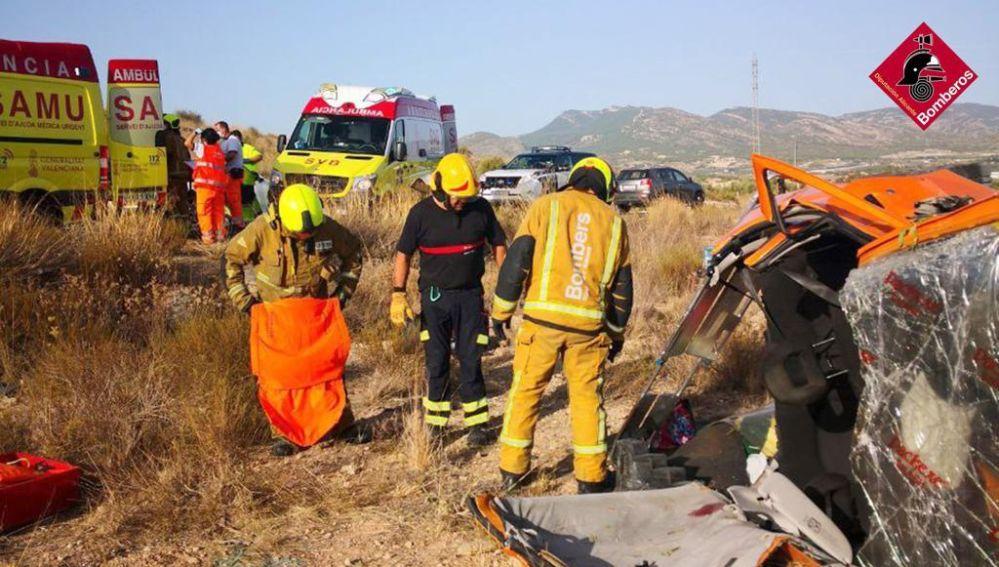 El siniestro provocó la intervención del Consorcio Provincial de bomberos, de dos unidades del SAMU y de un helicóptero de salvamento.