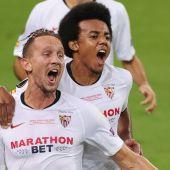 El Sevilla celebra uno de sus goles ante el Inter