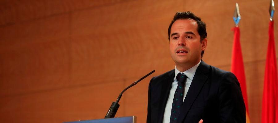 El vicepresidente y portavoz del Gobierno de la Comunidad, Ignacio Aguado, durante una rueda de prensa