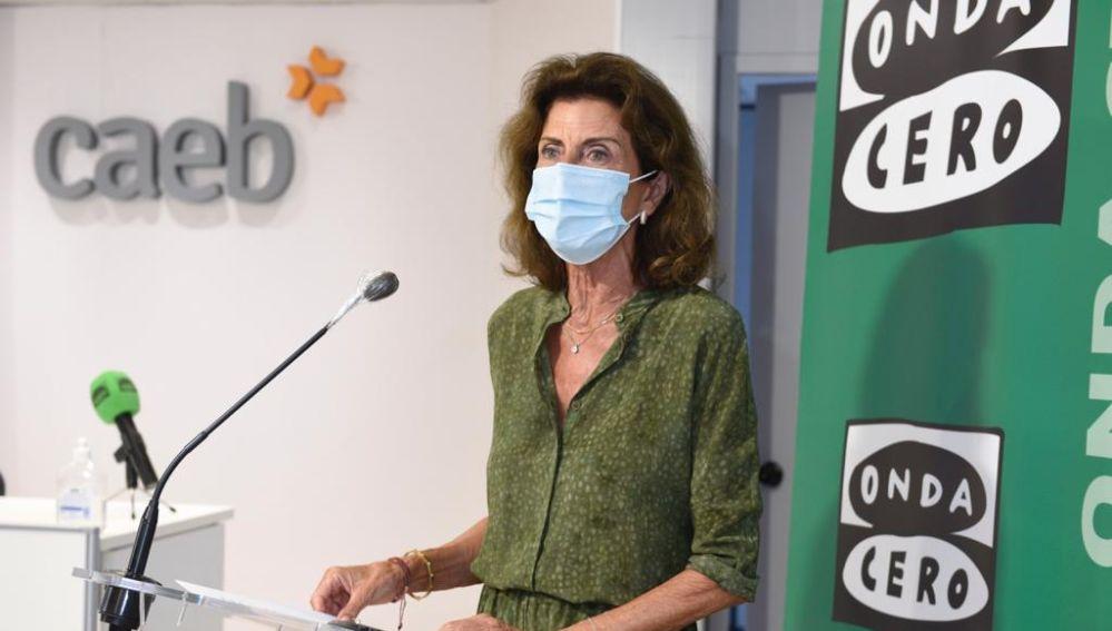 La presidenta de CAEB, Carmen Planas, en un encuentro de empresarios organizado por Onda Cero y CaixaBank.