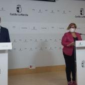 José Caro y Carmen Olmedo durante la rueda de prensa
