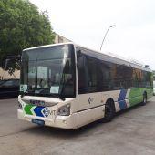 Un autobús de la empresa pública de transportes de Palma EMT.