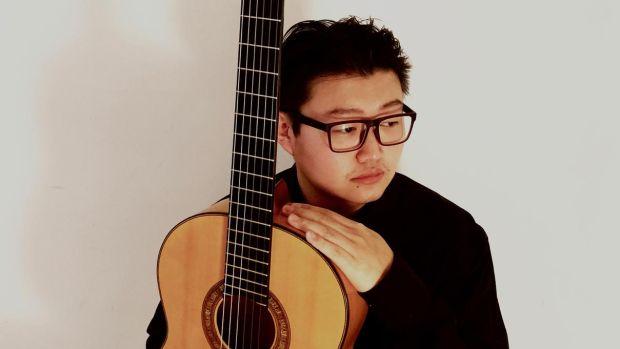 'El gitano de Pekín', el chino que cambió la ingeniería por la guitarra flamenca