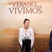 Guiomar Puerta (i), María Pedraza (c) y Carlos Cuevas (d), durante su entrevista con Kinótico por 'El verano que vivimos'