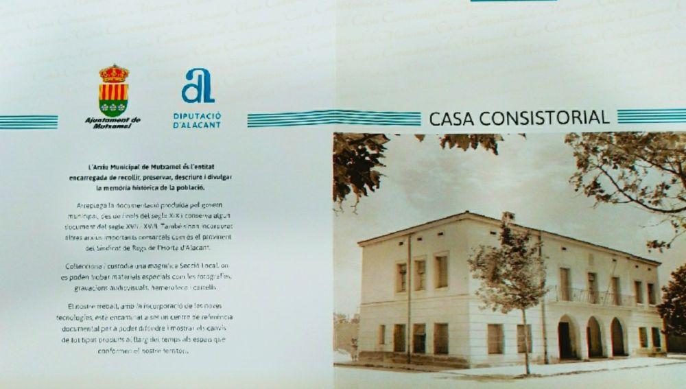 El primer folleto editado sobre la Casa Consistorial