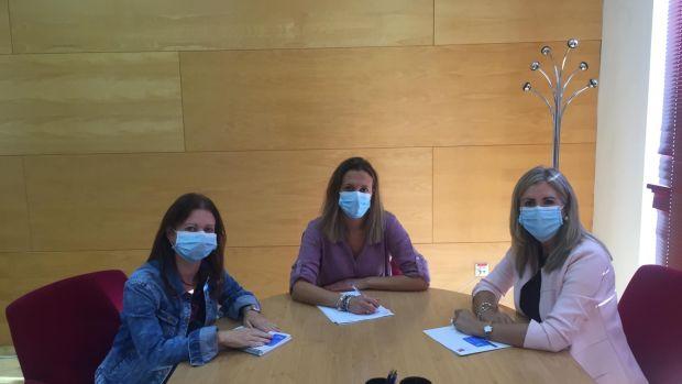 Reunión entre Ayuntamiento de Huelva y Fundación Tutelar TAU
