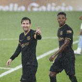 Leo Messi celebra su gol con Ansu Fati.