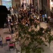 "Continúan las fiestas e imprudencias en España en plena segunda ola de coronavirus: ""Unos botellones que flipas"""