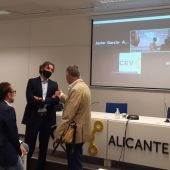 Sede de la CEV en Alicante después del encuentro con Urrea