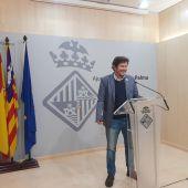 El portavoz de Cort, Alberto Jarabo, en rueda de prensa.