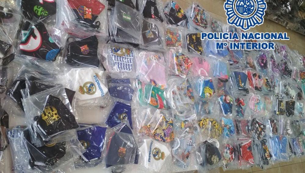 Imagen de las mascarillas incautadas por la Policía Nacional