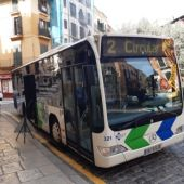 Un autobús de la Línea 2 de la EMT de Palma.