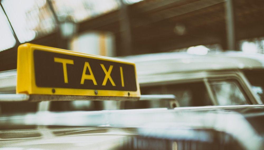 Imagen de archivo: taxi.