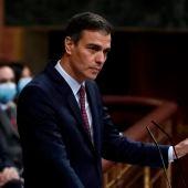 El presidente del Gobierno, Pedro Sánchez, interviene en la segunda sesión del debate de moción de censura presentada por Vox, este jueves en el Congreso.