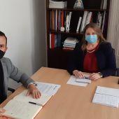 Rafa Mas, de Compromís, y Julia Llopis, del PP