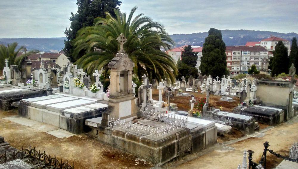O Concello abrirá os cemiterios en horario de 9.00 a 18.30 horas, e reduce o seu aforo