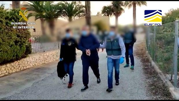 La Guardia Civil detiene a un captador del DAESH que radicalizaba a jóvenes a través de internet