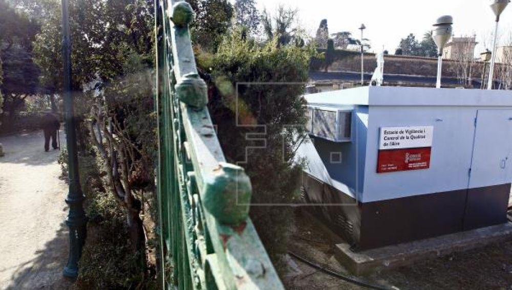 Estación medidora de la contaminación atmosférica en Viveros