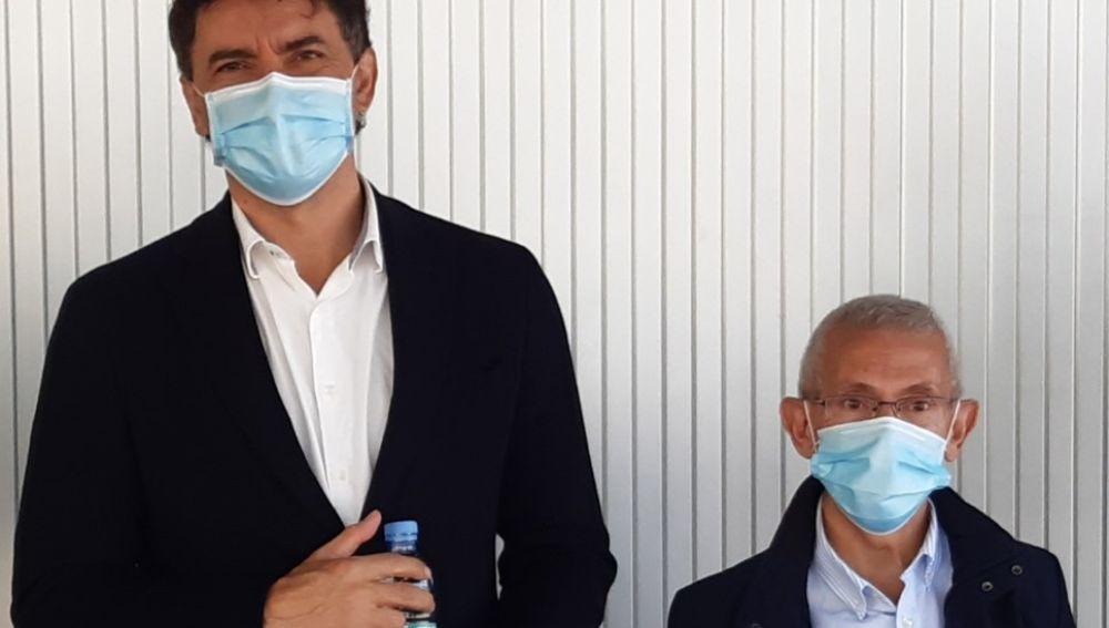 Francesc Colomer y Josep Amand Tomás tras la firma del convenio