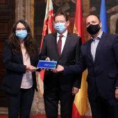 Ximo Puig, Mónica Oltra y Rubén Martínez Dalmau con los Presupuestos de 2021