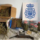 Material incautado por la Policía Nacional en la fiesta