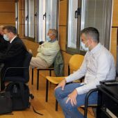 Los acusados durante una vista oral del juicio en la Audiencia de Ciudad Real