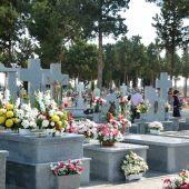 El cementerio de San Froilán amplía sus horarios de visitas para este fin de semana