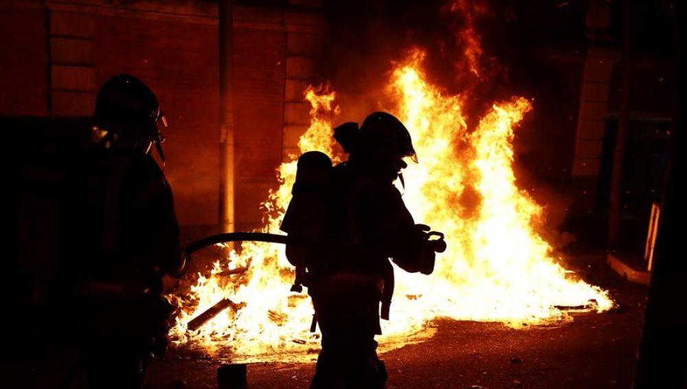 Más de 60 detenidos y una veintena de heridos en los disturbios de varias ciudades españolas