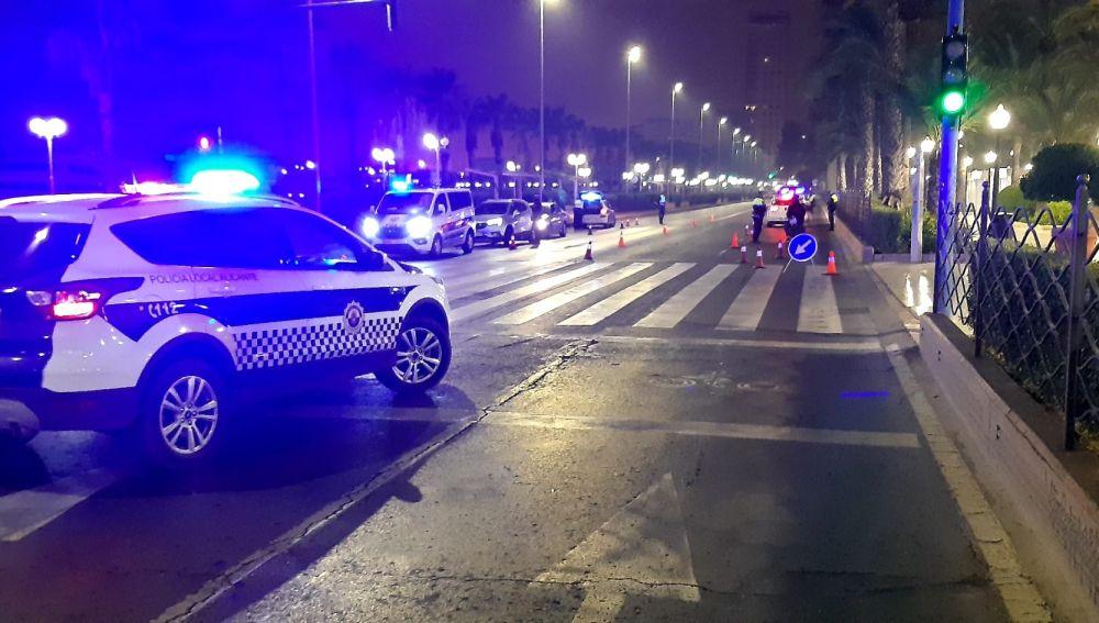 Control policial en la avenida Mártires de la Libertad