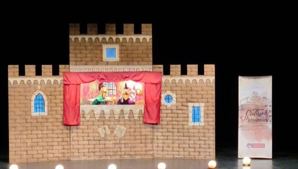 Más de 500 escolares han participado en la primera función de la campaña de teatro escolar