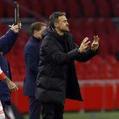 Luis Enrique con Sergio Ramos.