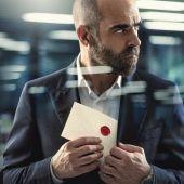 El actor Luis Tosar, en una imagen promocional de la serie 'Los favoritos de Midas'