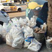 Vertido ilegal de escombros en pleno centro de Alicante