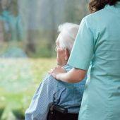 A3 Noticias Fin de Semana (15-11-20) Aunque la tendencia es ligeramente a la baja, los contagios continúan preocupando y mucho en las residencias de mayores