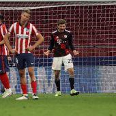 El Atlético empata contra el Bayern de Múnich y se jugará el pase a octavos de Champions en Salzburgo
