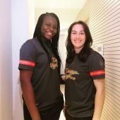 Lysa Tchaptchet y Ana Martínez, jugadoras del Club Balonmano Elche.