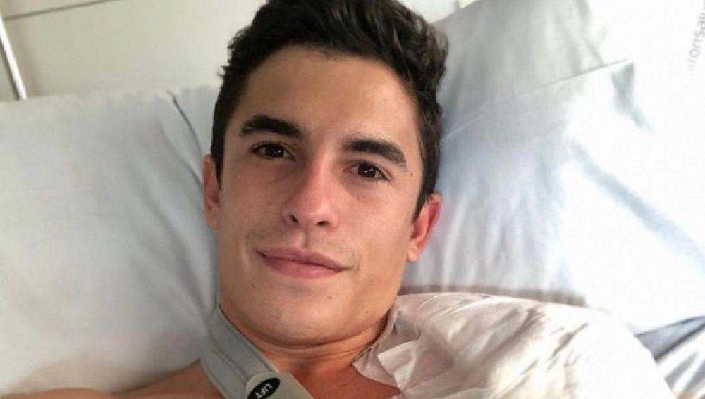 Marc Márquez, operado por tercera vez de su brazo derecho en una intervención de 11 horas