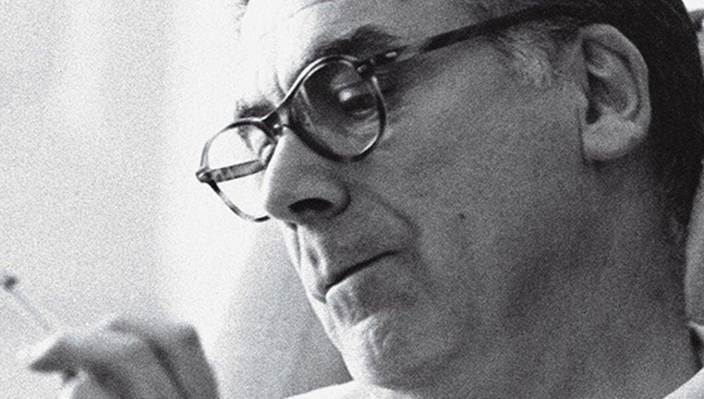 El diseñador y modista Cristóbal Balenciaga, en una imagen de archivo