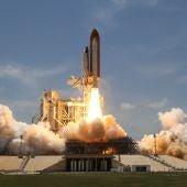Un cohete despega rumbo al espacio