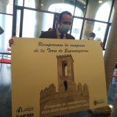 El Ayuntamiento de Badajoz lanza una campaña de mecenazgo para costear la campana que prevé instalar en la Torre de Espantaperros.