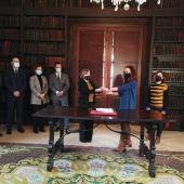 La jueza Marta entrega las llaves de Meirás
