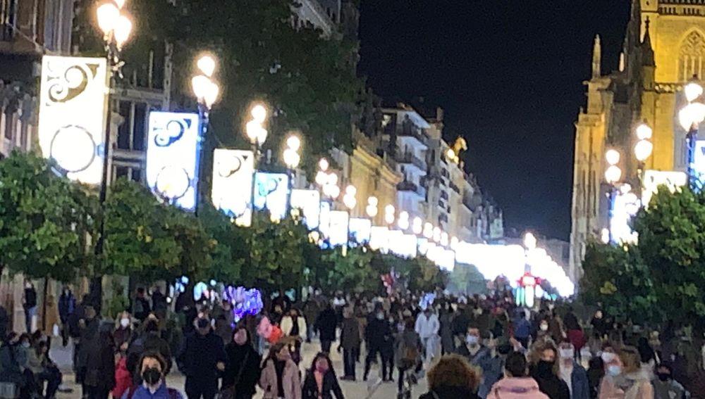El ayuntamiento de Sevilla modulará el horario del alumbrado navideño en la capital para evitar aglomeraciones